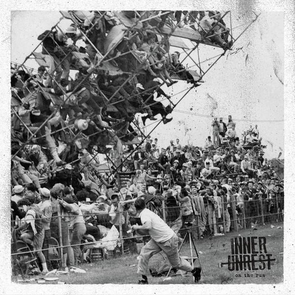"Inner Unrest - On The Run 7""EP lim.200 black"