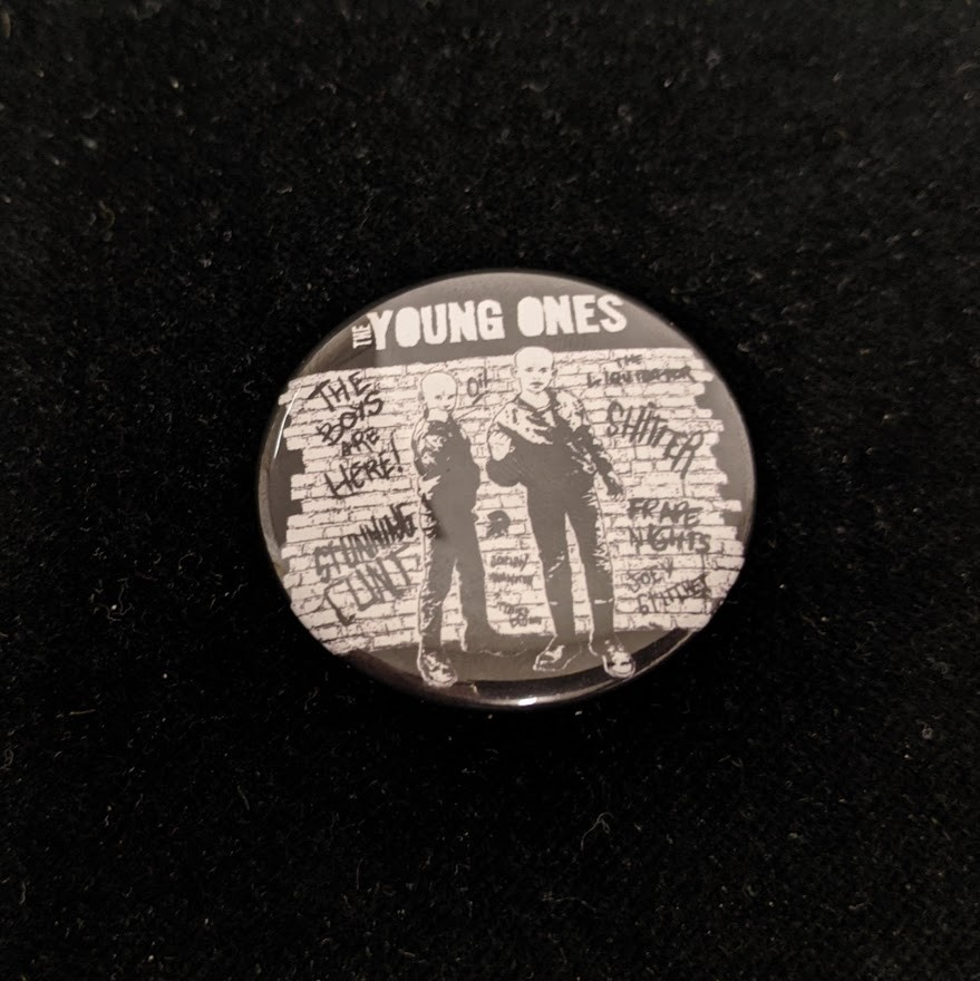 """Young Ones,The - """"Brick Wall"""" - Button 37mm"""