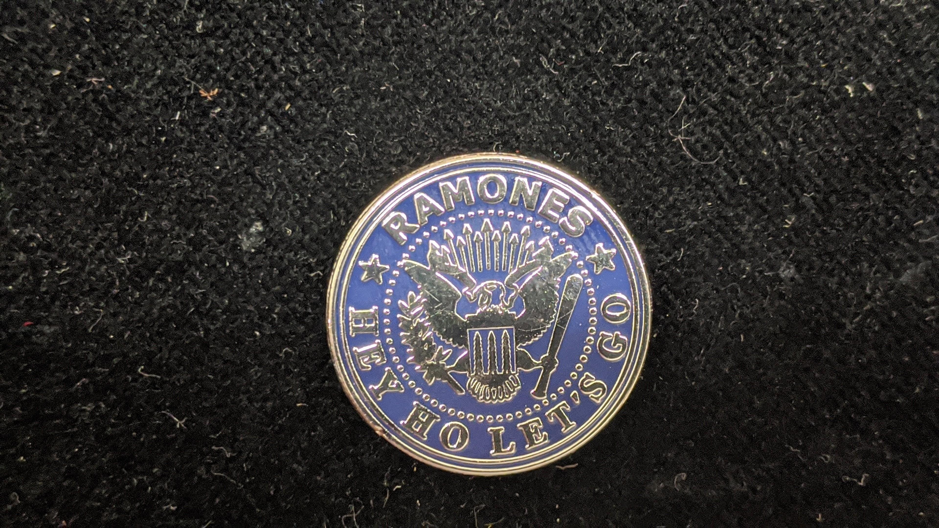 Ramones - Metal-Pin